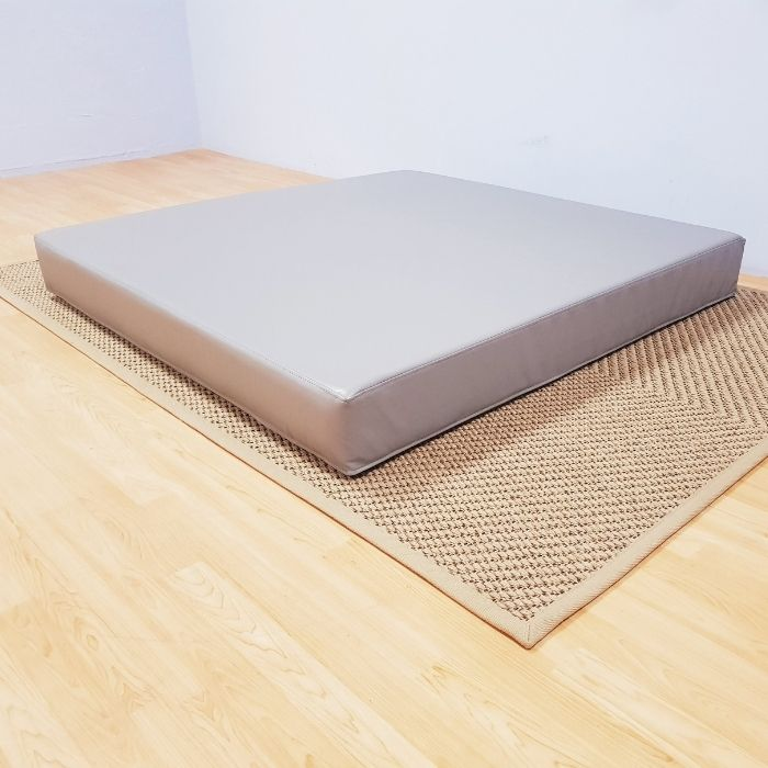 Square Safety Mat in Grey