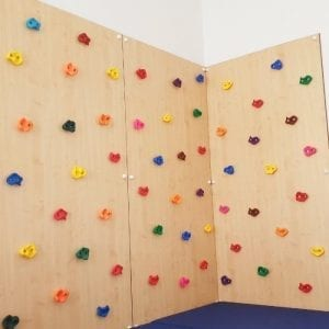 Climbing Wall with 3 panels and safety mat