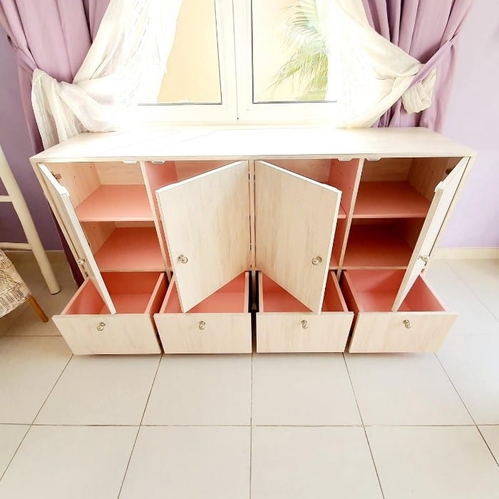 Storage Cabinet with Drawers