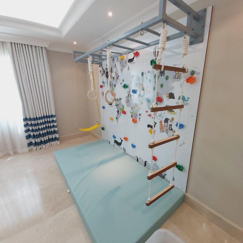 Map Climbing Wall 2 with Monkey Bars – 2 Panels 1