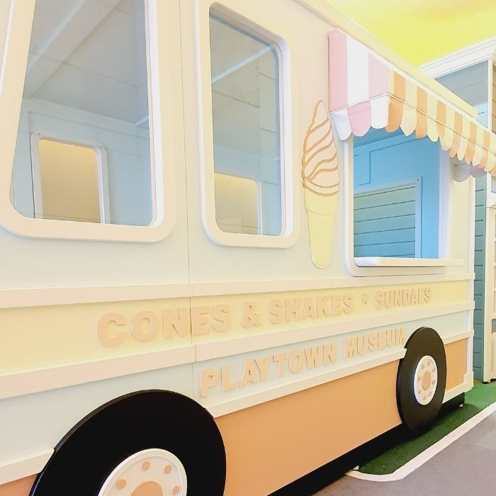 Playhouse Ice Cream Truck