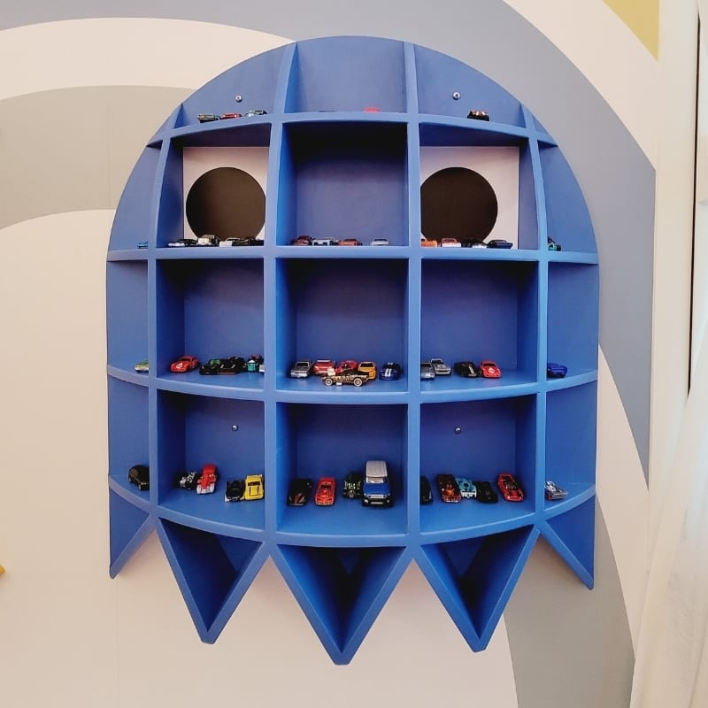 Ghost Shelf