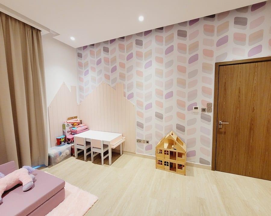 Bedroom for Sara - Pink