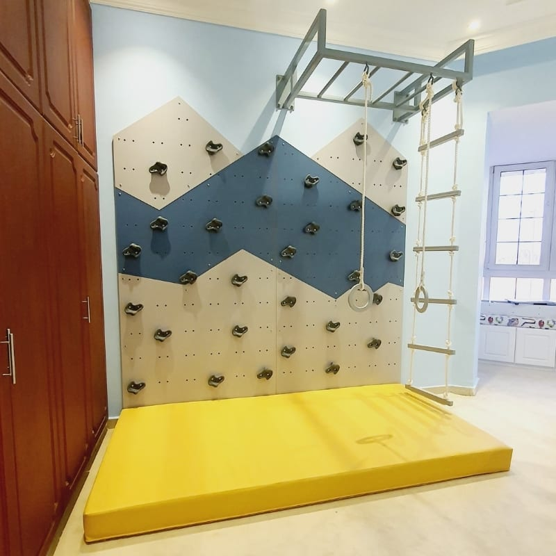 Climbing Wall with Movable Grips
