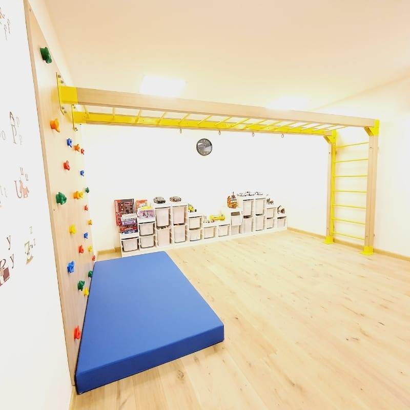 Climbing Wall with Monkey Bars - Extra Large