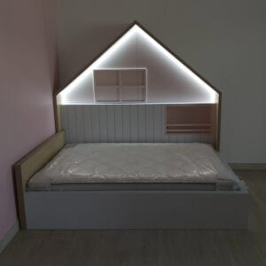 Light Up House Bed