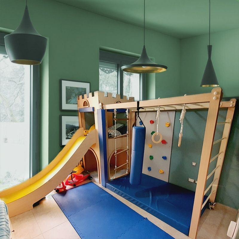 CASTLE TOWER WITH MONKEY BARS